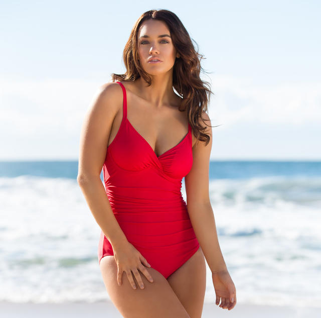 The Best Swimsuit Style For Curvy Girls And Busty Beauties