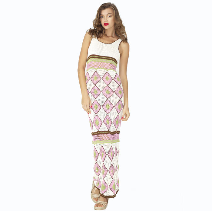 Summer Dresses Whatever your plans this summer, we have the perfect holiday dress for you. Go bold in bandeau or bodycon or keep it casual with day dresses and maxi dresses.